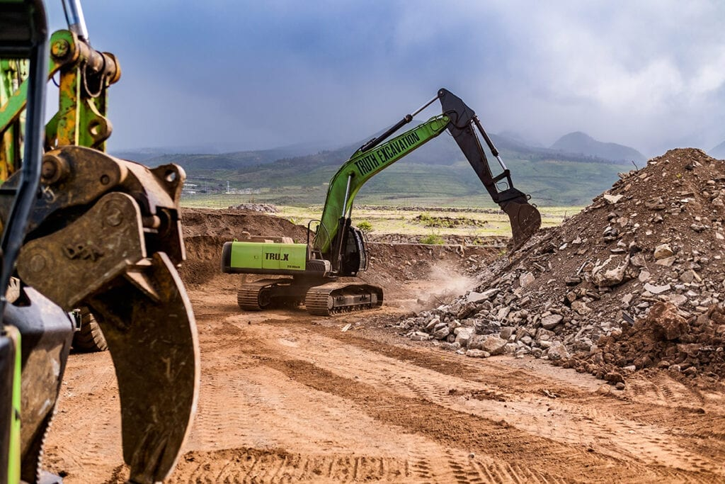 truth excavation maui hawaii tractor digging on hawaii job site
